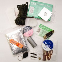Pack de survie Trekking Essentials Kit BCB