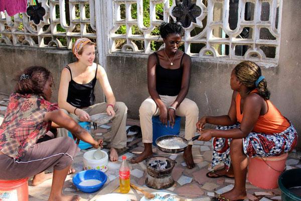 Clarisse et Magali font une halte à Dar Es Salaam en mode Couchsurfing et partage de savoir-faire