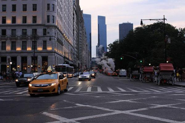 New York accueille nos aventurières qui vont désormais évoluer dans un environnement bien différent de celui des mois précédents