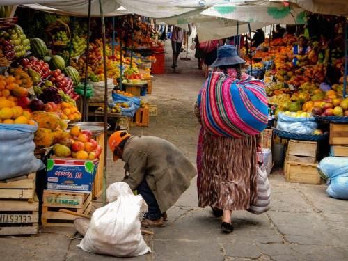 Située au coeur de la Bolivie, la ville de Sucre offre à nos aventurières l'occasion de se ravitailler