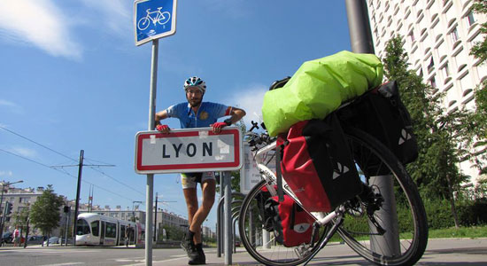 Olivier Godin retrouve sa ville de Lyon et arrive ainsi à la fin de la troisième boucle de l'aventure