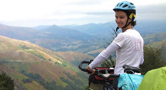 L'aventure intitulée Sur le pas de ma porte reprend dans les Pyrénées