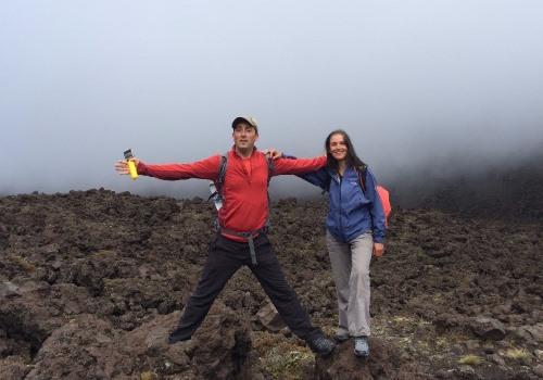 Découvrez Jérôme Adam et Sylvie Caldas : ils partent sur la route du trek Te Araroa en Nouvelle-Zélande.